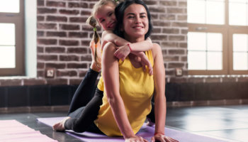 4 EASY Ways To Stay Fit With Kids