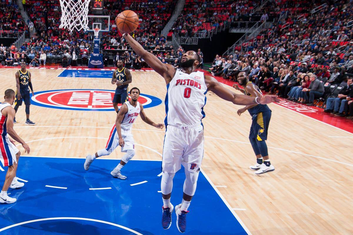 https://www.facebook.com/detroitpistons/photos/a.10155737964990295.1073742236.71284685294/10155737969885295/?type=3&theater