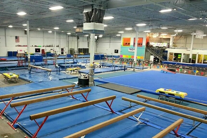 https://www.facebook.com/TroyGymnastics/photos/a.357030904360126.90424.121049014624984/906406422755902/?type=3&theater