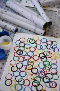 https://happyhooligans.ca/olympic-ring-art-project-kids/