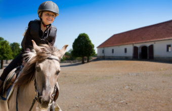 TOP PLACES TO RIDE A HORSE IN METRO DETROIT