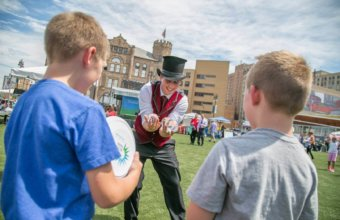 Guide To Free Family Fun In Detroit For First Competition Week