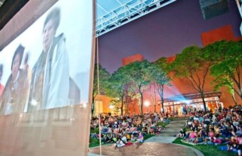 FAMILY GUIDE TO FREE OUTDOOR MOVIES IN METRO DETROIT