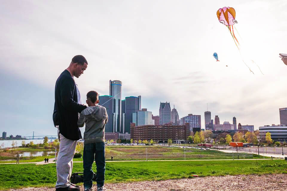 Kite Detroit Dad