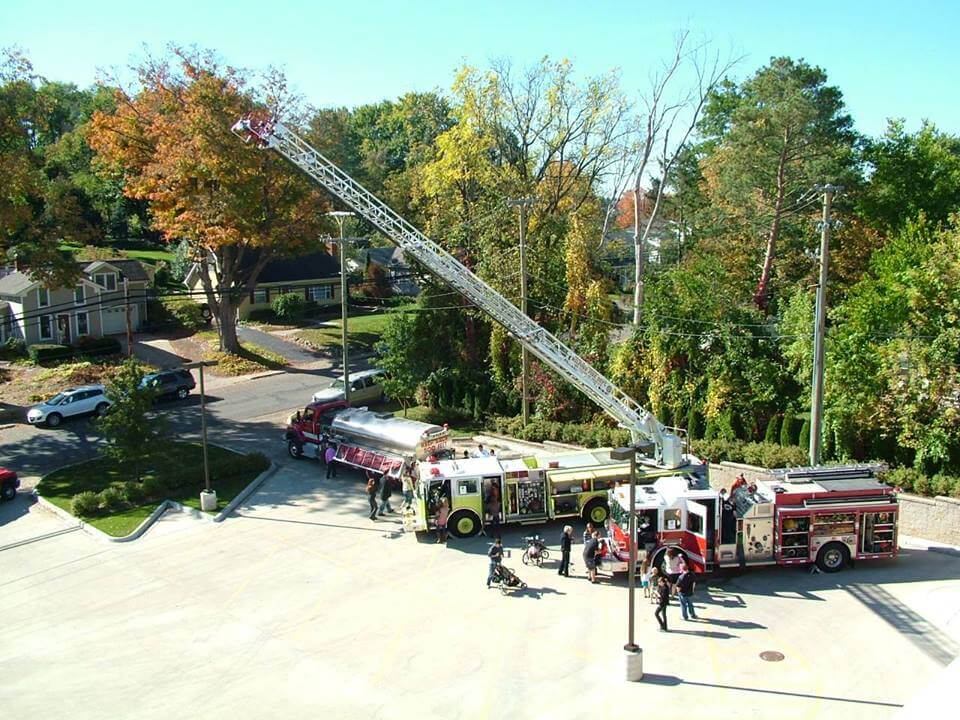https://www.facebook.com/MilfordFireDepartment/photos/gm.169241357335408/2117281175012563/?type=3&theater