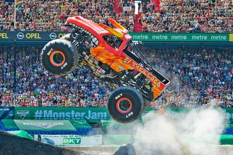 https://www.facebook.com/MonsterJam/photos/a.433484035832/10156356667525833/?type=3&theater