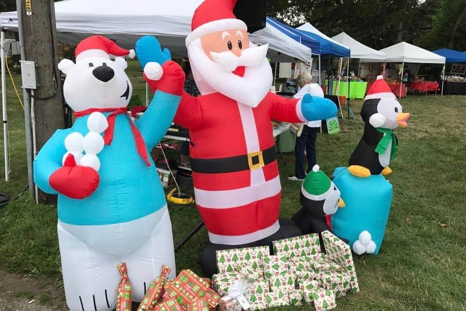 Christmas In July At Market In The Park