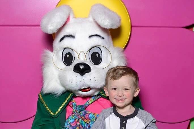 Visit The Easter Bunny At Oakland Mall