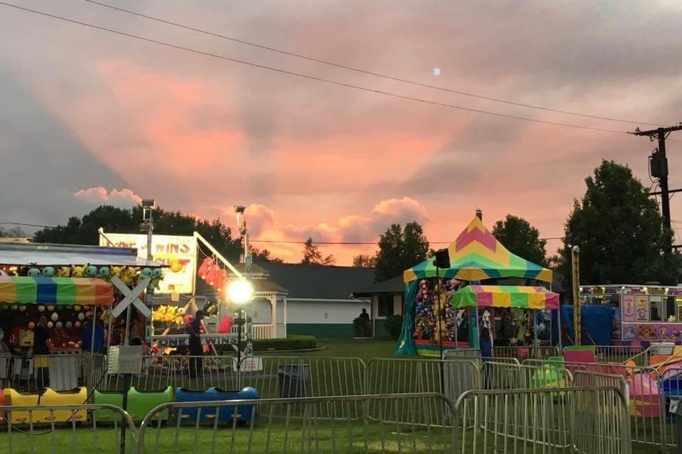 https://www.facebook.com/waynecountyfairgrounds/photos/gm.306331103374357/2326978547322220/?type=3&theater
