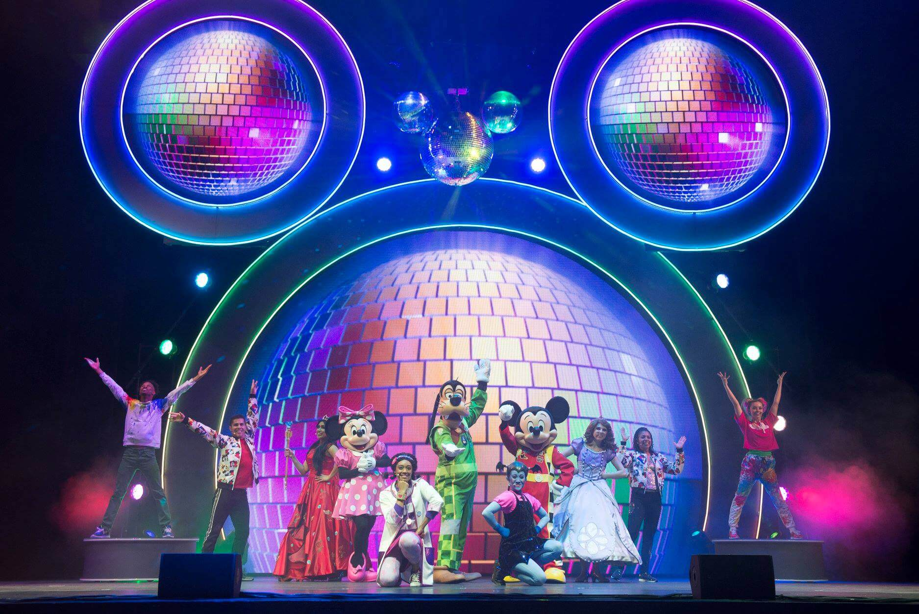 https://www.facebook.com/DisneyJuniorTour/photos/a.171210280126526/372707479976804/?type=3&theater