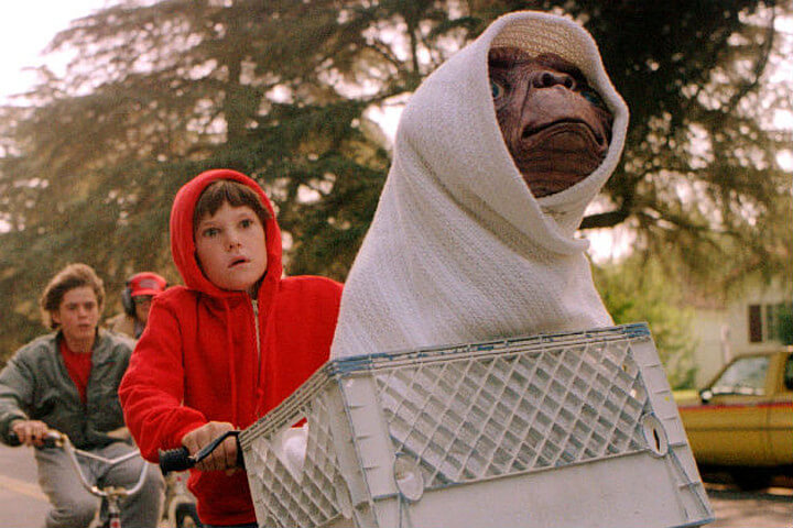 Family Movie: E.T. The Extra-Terrestrial (1982)