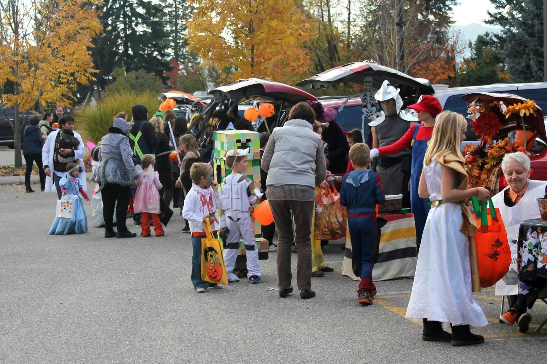 GCBA 2019 Trunk-or-Treat