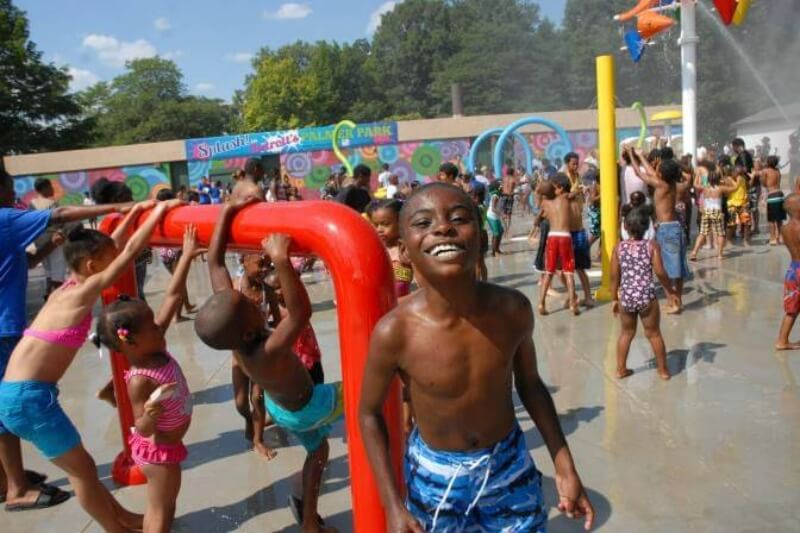 Guide to Detroit's Pools, Splash Pads and Beaches