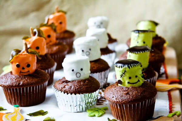 Kids Cooking Series:  Cupcake Baking And Decorating For Halloween