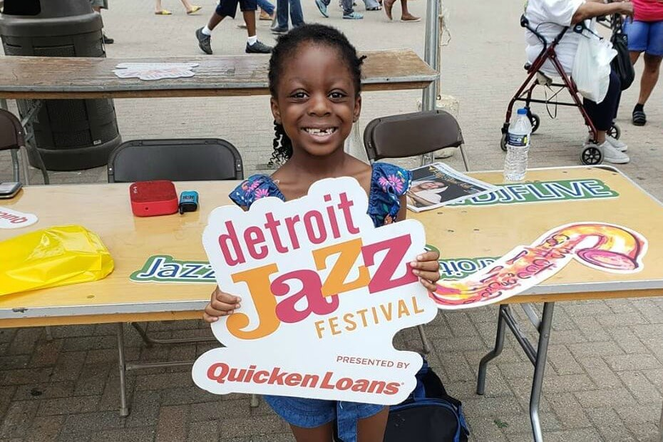 https://www.facebook.com/pg/detroitjazzfestival/photos/?ref=page_internal