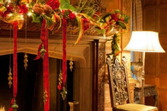 Cultural Excursion – Meadow Brook Hall Holiday Tour
