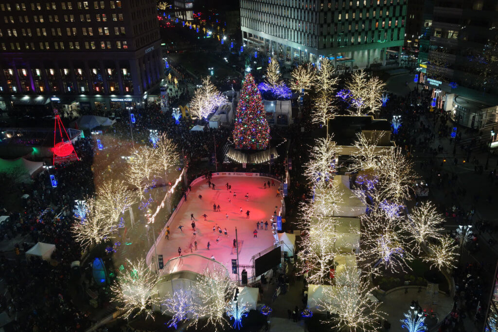 Detroit tree lighting