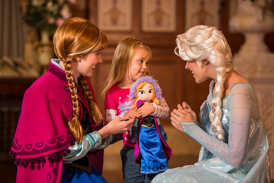 Target Hosting FREE Frozen 2 Story Time & Activities