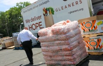 4 Ways To Donate Food To Metro Detroit Families In Need
