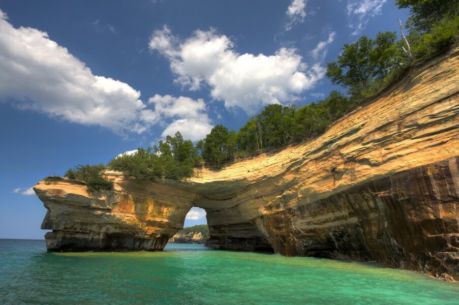 6 Ways To Virtually Experience Beautiful Destinations In Michigan