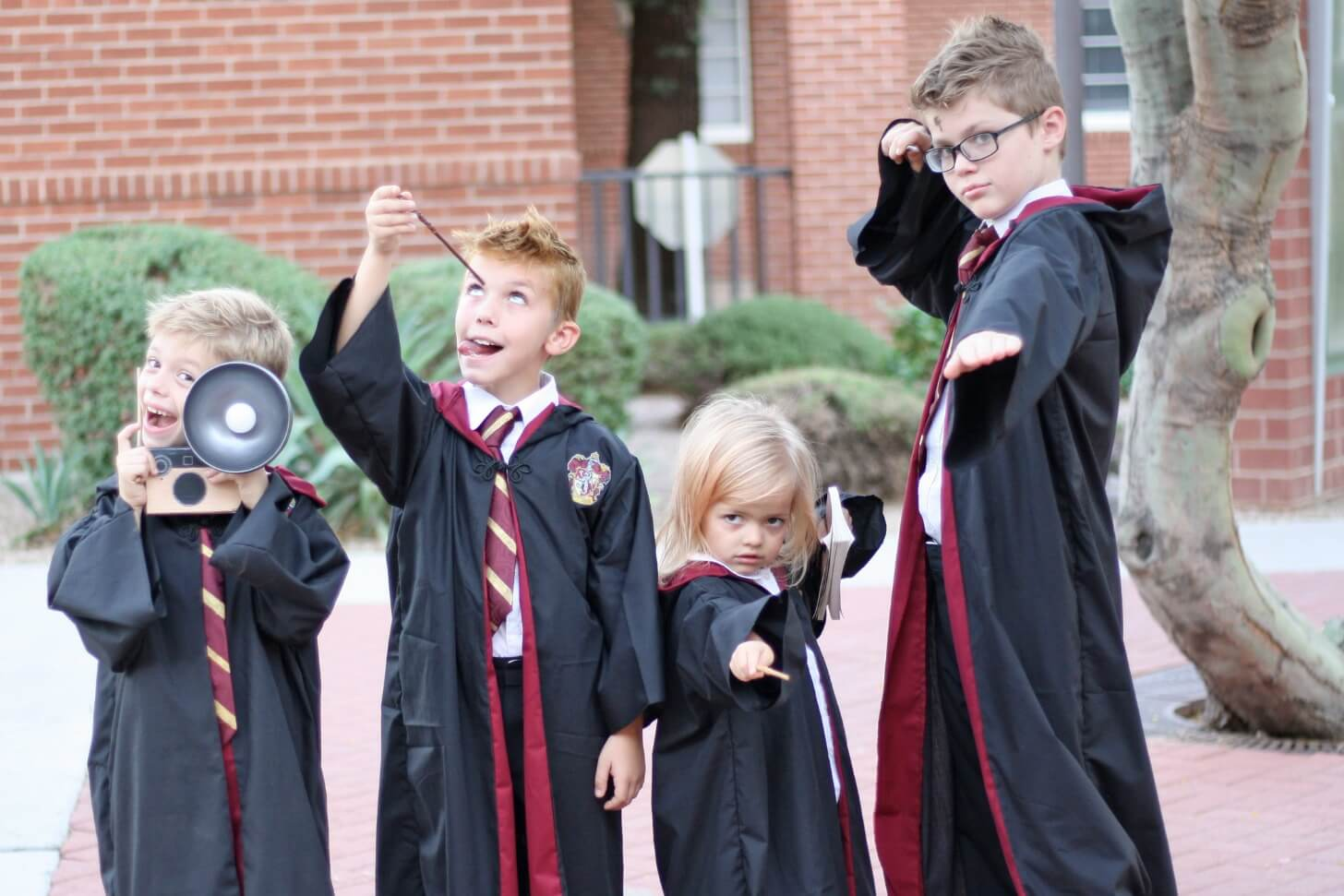 Https://www.ourkerrazyadventure.com/diy-family-harry-potter-costumes-ideas/