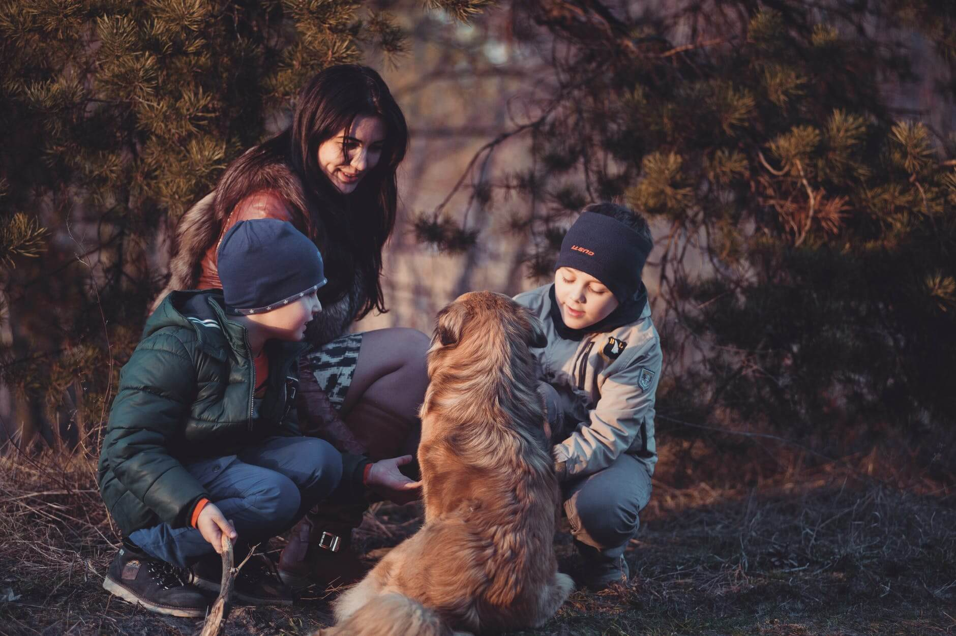Daily Inspiration Guide For Those Home With Kids: Family Retreat
