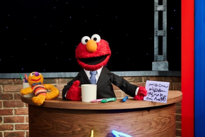 the-not-too-late-show-with-elmo_22
