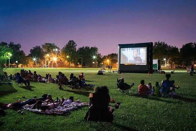 Https://www.chicagoparent.com/play/outdoor-fun/free-kid-friendly-outdoor-summer-movies/