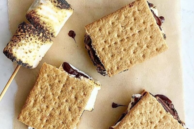 8 Recipes To Celebrate National S'mores Day