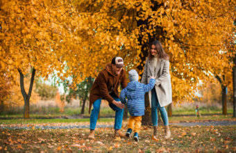 Top Locations For Fall Family Photo Sessions