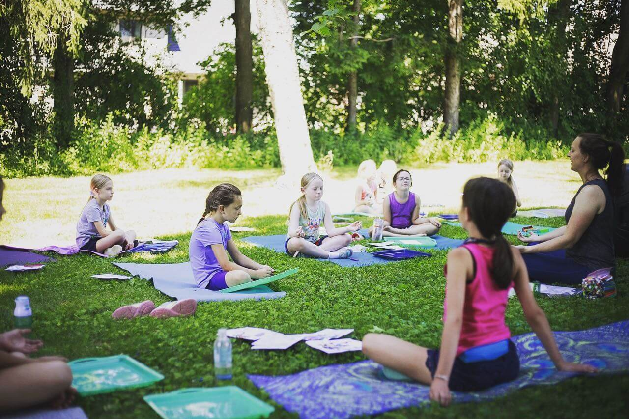 Outdoor Preschool Yoga & Crafts