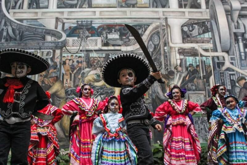 Https://www.freep.com/story/news/local/michigan/detroit/2019/10/26/ballet-folklorico-de-detroit-detroit-institute-of-arts/2470878001/
