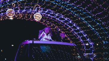Top Drive-Thru Holiday Events In Michigan To Brighten Up The Season