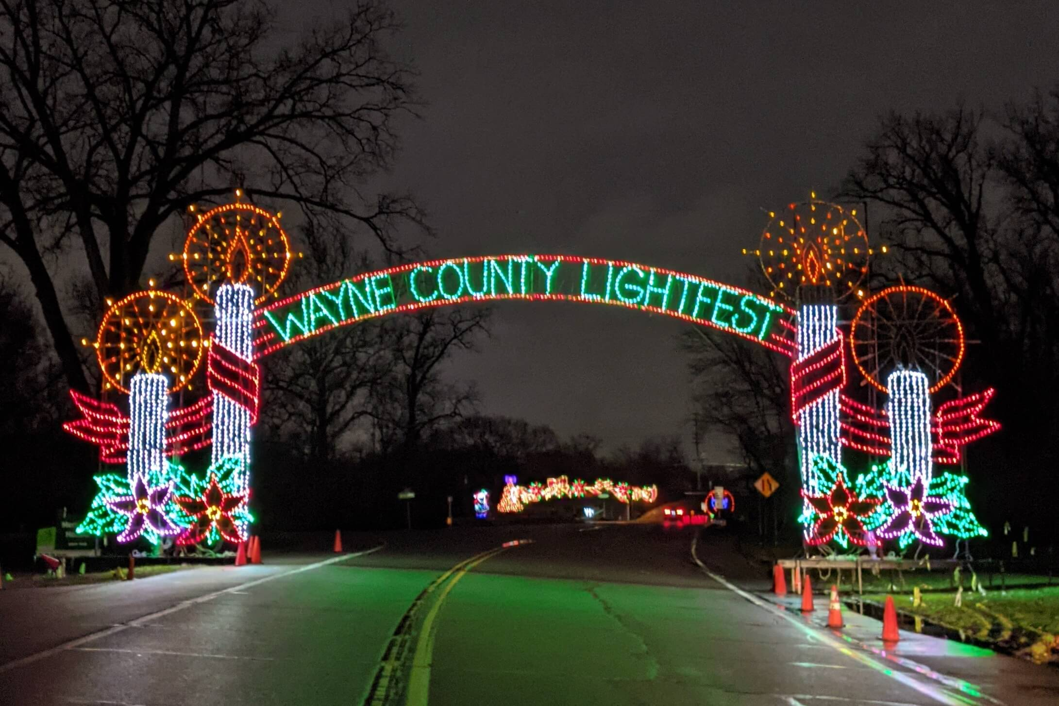2020 Wayne County Lightfest Lights Up Hines Drive