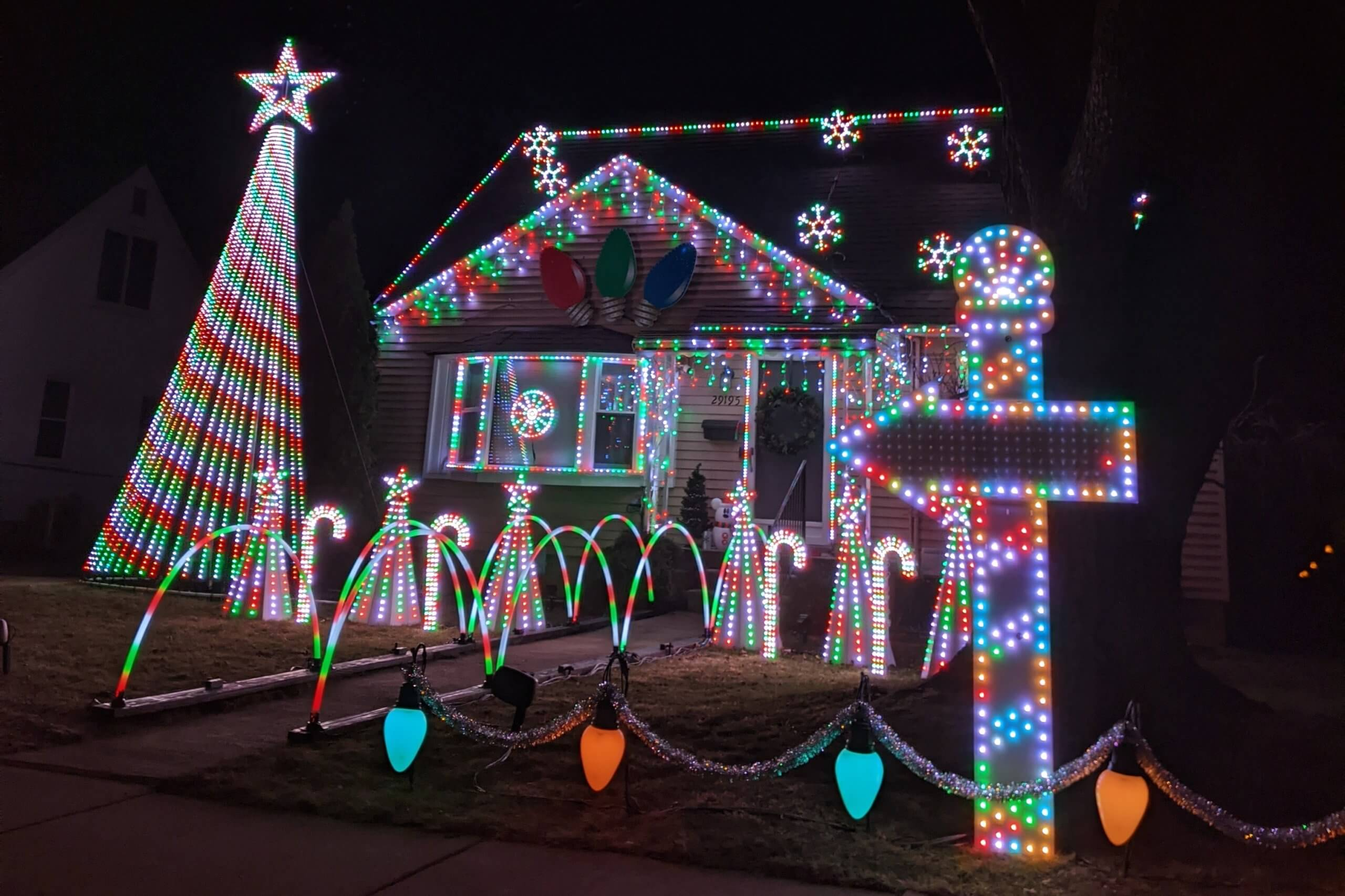 Bostick Family Light Show