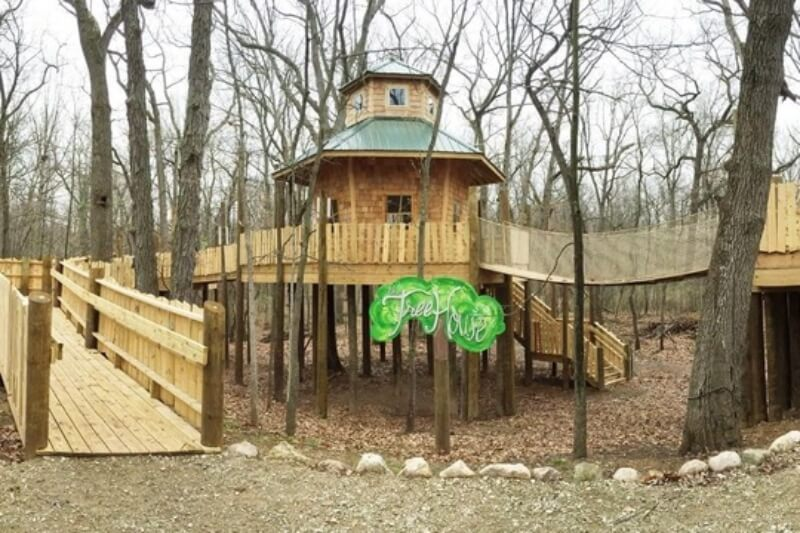 Https://www.freep.com/story/travel/2016/05/05/howell-nature-center-treehouse/83962446/