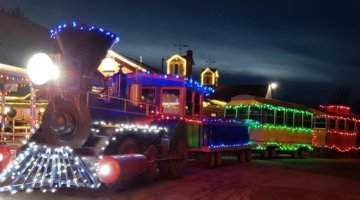 The Musical Spicer Express Makes Train Stops To Santa