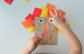 10 FUN THANKSGIVING ACTIVITIES + CRAFTS FOR KIDS