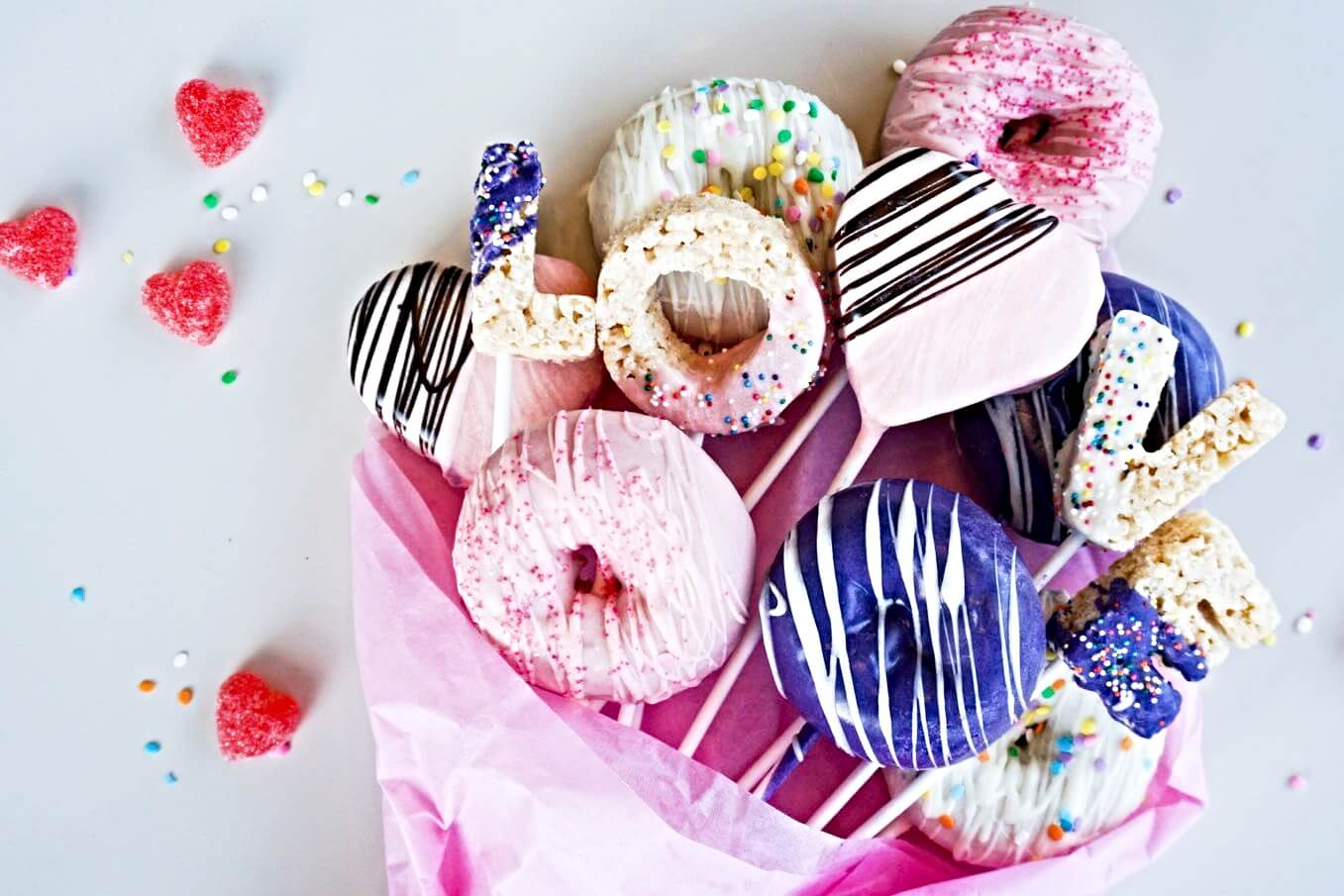 LOCAL VALENTINE'S DAY SWEETS + TREATS FOR KIDS
