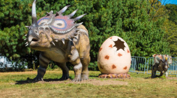 GIVEAWAY: Dino Stroll Is Coming To Canterbury Village