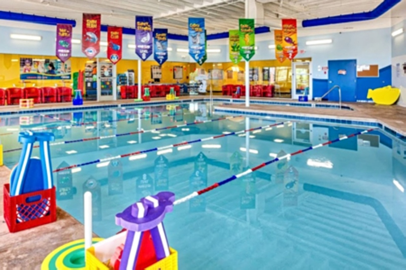 GIVEAWAY: 1 Year of FREE Open Family Swim At Aqua-Tots Michigan