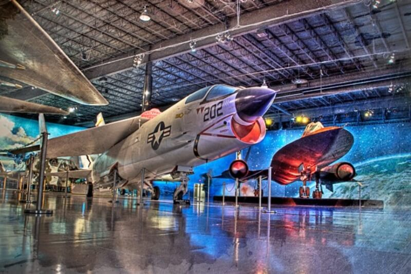 The Best Places To Take An Airplane + Aviation Lover In Metro Detroit