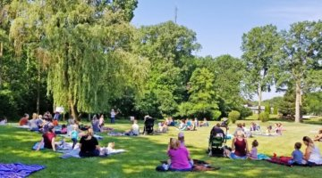 Outdoor Storytime Sessions In Metro Detroit This Summer