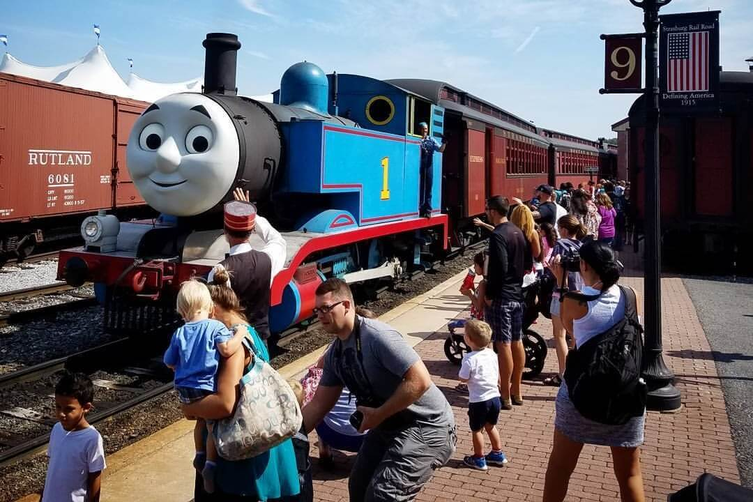 The Best Places To Take A Train Lover In Metro Detroit