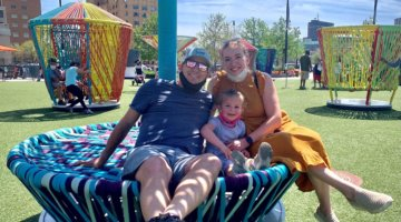#MOMLIFE With Laura Clair
