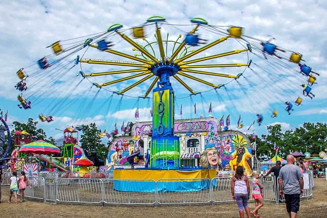 https://oaklandcountyblog.com/2017/07/03/excitement-for-everyone-at-the-oakland-county-fair/