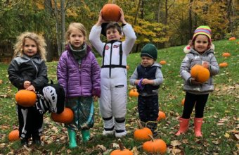 Explore The Great Outdoors With Classes, Programs + Trails At Stage Nature Center