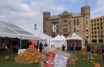 5 Reasons To Visit Detroit With Kids This Fall