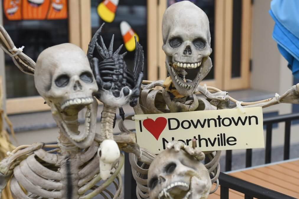 5 Reasons To Visit Northville This Fall