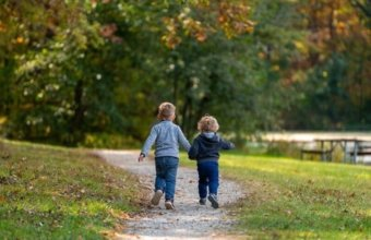 Explore The Great Outdoors With Kid's Classes + Programming At Stage Nature Center
